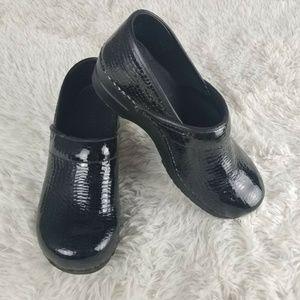 Sanita Black Patent Leather CLOGS Size 40 EU 9 US